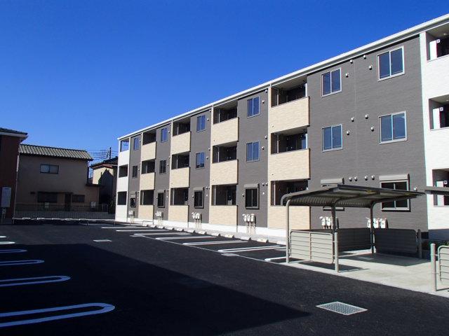 Yアパート3棟竣工